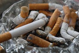 El TSJB da la invalidez a una fumadora que no sigue un tratamiento antitabaco