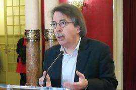 La política lingüística del Govern «roza el ridículo y el absurdo», según Pericay