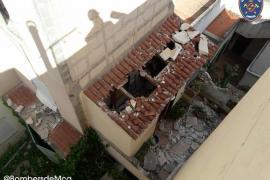Derrumbe sin víctimas del forjado de un edificio en Cala Morlanda