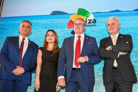 Turespaña prevé un crecimiento del 15% del turismo ruso en la isla de Ibiza