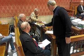 El Consell endurece su reglamento para apartar a los consellers corruptos