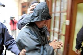 Un jurado decide si la demencia del autor del crimen de Camp Redó puede exculparle