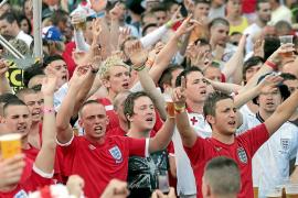 La Guardia Civil y la Policía de Calvià vigilarán a los hinchas ingleses durante el Mundial