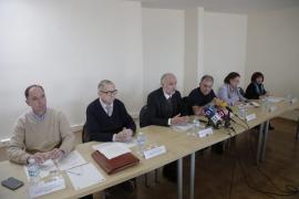 Vecinos y hoteleros piden a Cort que se erradique el turismo de borrachera y mayor inversión en la Playa de Palma