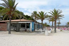 Victoria del GOB contra el negocio de los seis chiringuitos fijos de la playa de Alcúdia