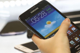 Avalan un despido por gastar 900 euros con un móvil del Govern en dos días