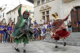 S'Estol del Rei en Jaume celebra con sus bailes infantiles la llegada de la Fira