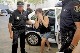 Hallan restos de sangre en la ropa de la acusada de matar a su novio en Cala Major