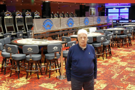 Un casino a la espera