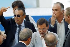 Rajoy promete dar 3.000 euros a los autónomos por la primera contratación