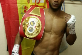 Kelvin Dotel, campeón de Europa del peso welter de la IBF