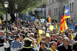 200 personas piden en Palma libertad para los políticos presos
