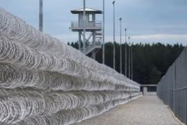 Un incidente en una prisión de EEUU se salda con decenas de heridos y fallecidos