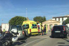 Un accidente de tráfico provoca un colapso en el Paseo Marítimo