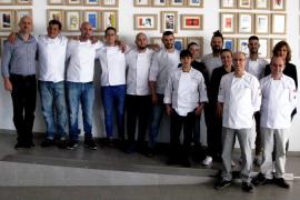 Chefs solidarios de Mallorca comparten una jornada con usuarios de Projecte Home Balears