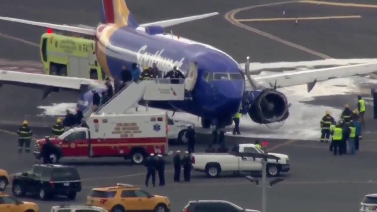 Muere una persona después de un aterrizaje de emergencia en Filadelfia tras estallar un motor