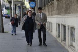 Ruth Mateu defiende ante el juez la legalidad de los contratos a Jaume Garau