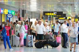 Reino Unido anuncia nuevas medidas para frenar las reclamaciones falsas por enfermedad de turistas