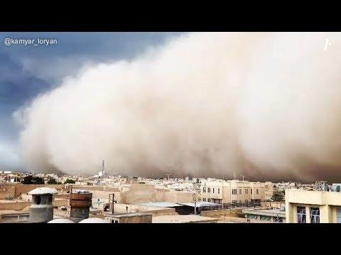 Espectacular tormenta de arena en la ciudad iraní de Yazd