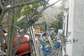 Ultimátum contra la acumulación de residuos junto al Camí des Pous en Búger