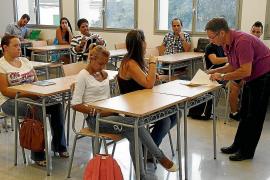 Comienza el curso de educación para adultos con 17.500 alumnos matriculados