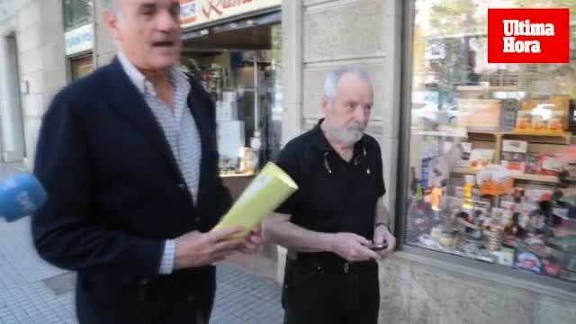 Cursach entrega su pasaporte al juez en su primer día de libertad condicional
