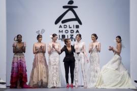 Tony Bonet y Virginia Vald brillan en Madrid Bridal Week 2018 de la mano de Adlib Moda Ibiza