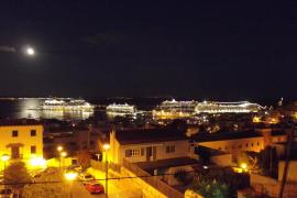 Los cruceros no podrán emitir ruidos desde medianoche hasta las 9 en los puertos de Baleares