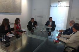 Pons pide a Rajoy que «se comprometa ya con el 75% de descuento de residente»