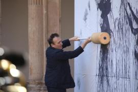 Miquel Barceló plantea convertir el Palau de la Música en una cueva de barro