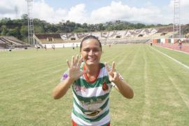Polémica por el despido de una futbolista embarazada