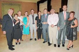 Despedida del vicecónsul británico Esteban Mas