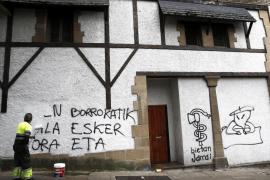 ETA pide perdón a sus víctimas