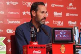 Vicente Moreno, ante la visita del Olot: «Los dos equipos nos jugamos mucho»
