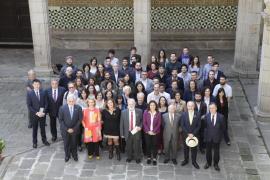 El IEC entrega los 54 galardones de los Premios Sant Jordi 2018