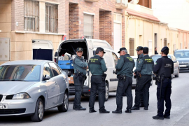 Un hombre se entrega a la Guardia Civil tras matar a su hijo de nueve años
