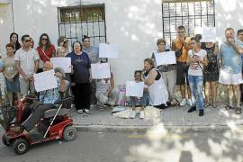 Los vecinos se solidarizan con Ana Jara