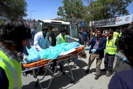 Se elevan a 69 los muertos por el ataque contra un centro electoral en Kabul