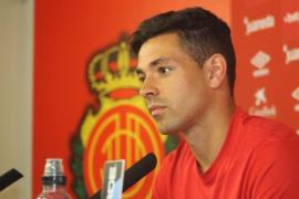 Álvaro Bustos: «A Sabadell hay que ir a por los tres puntos»