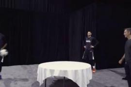 El pique 'futbolero' de Steve Nash con una estrella de la NBA