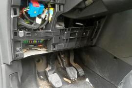 Destrozan el coche de la policía local que denunció homofobia en Sant Ferran