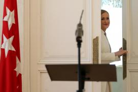 Cifuentes comunica a la Asamblea de Madrid que seguirá como diputada con «dedicación exclusiva»