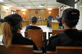 La víctima de una violación en Cala Millor afirma que su agresor la sometió con un cuchillo