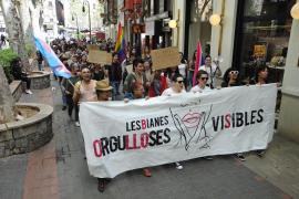 Manifestación en Palma para reclamar mayor notoriedad para el colectivo de gays y lesbianas