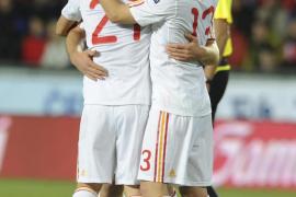 España baila a ritmo de Xavi