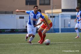 Xisco Hernández le da la vida al Atlético Baleares