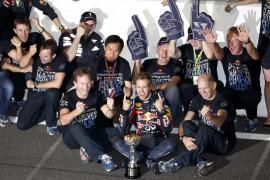 Vettel, campeón del mundo; victoria de Button por delante de Alonso