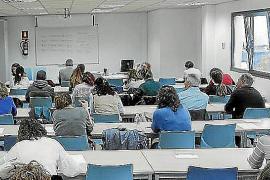 Sólo el 28 % de los empleados del IB-Salut aprueban el examen escrito de catalán