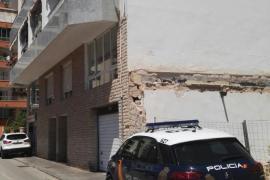 Una joven, en estado grave tras precipitarse desde un sexto piso