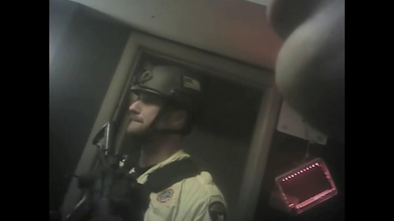 La policía de Las Vegas difunde un vídeo tomado en la habitación de la matanza de 58 personas